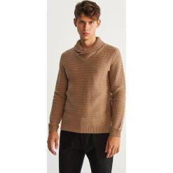 Sweter z kołnierzem - Beżowy. Brązowe swetry klasyczne męskie marki Reserved, l. Za 159,99 zł.