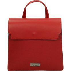 Torba - 100-0368-M RO. Czarne torebki klasyczne damskie marki Venezia, ze skóry. Za 169,00 zł.