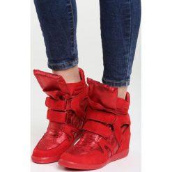 Czerwone Sneakersy Want You Tonight. Czerwone sneakersy damskie Born2be. Za 119,99 zł.