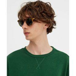 Bluza basic z okrągłym dekoltem. Zielone bluzy męskie rozpinane Pull&Bear, m. Za 34,90 zł.