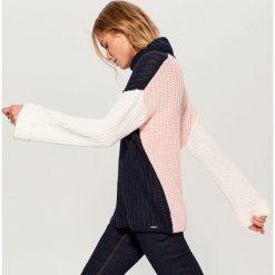 Sweter z golfem - Różowy. Czerwone golfy damskie Mohito, l. Za 119,99 zł.