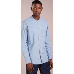 J.CREW SLIM FIT Koszula indigo. Białe koszule męskie slim marki J.CREW, z bawełny. Za 409,00 zł.