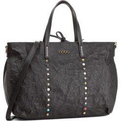 Torebka NOBO - NBAG-D3340-C020 Czarny. Czarne torebki klasyczne damskie Nobo, ze skóry ekologicznej, duże. W wyprzedaży za 149,00 zł.