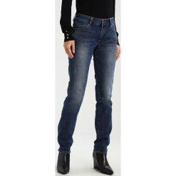 S.Oliver RED LABEL Jeansy Slim Fit blue denim. Niebieskie jeansy damskie marki s.Oliver RED LABEL, z bawełny. W wyprzedaży za 224,10 zł.
