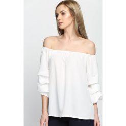 Biała Bluzka Triple Wave. Szare bluzki hiszpanki marki Born2be, s, w kwiaty, z długim rękawem. Za 49,99 zł.