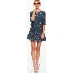 Sukienki: SUKIENKA DAMSKA Z FALBANKAMI W KWIATOWY WZÓR