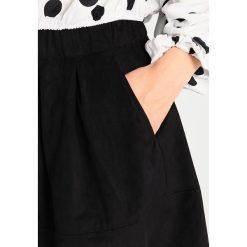 Minispódniczki: Moves KIA Spódnica trapezowa black