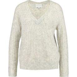 Swetry klasyczne damskie: Second Female ALISSA  Sweter grey melange