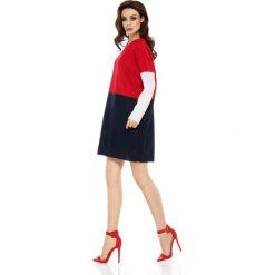 Długi trójkolorowy sweter czerwony-granatowa-biały ANDREA. Czerwone swetry klasyczne damskie Lemoniade, na lato, z dekoltem w łódkę. Za 129,90 zł.