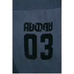 Adidas Originals - Spodnie. Szare bryczesy damskie adidas Originals, z bawełny. W wyprzedaży za 159,90 zł.