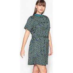 Długie sukienki: Sukienka pół długa w graficzny wzór