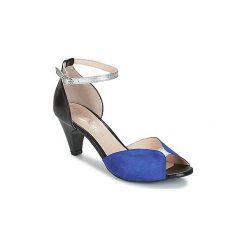 Sandały Betty London  IKIBI. Niebieskie sandały damskie marki Betty London. Za 244,30 zł.