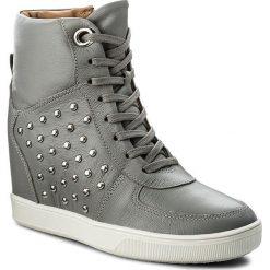 Sneakersy KAZAR - Berry 30572-01-11 Szary. Białe sneakersy damskie marki Kazar, ze skóry, na wysokim obcasie, na szpilce. W wyprzedaży za 399,00 zł.