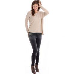 Spodnie - 42-6100 NERO. Czarne rurki damskie Unisono, z aplikacjami, z bawełny, z standardowym stanem. Za 89,00 zł.