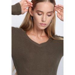 Swetry damskie: Ciemnozielony Sweter Gonna Catch You