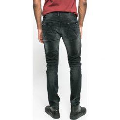 Medicine - Jeansy Let's Rebel. Szare jeansy męskie relaxed fit MEDICINE. W wyprzedaży za 99,90 zł.