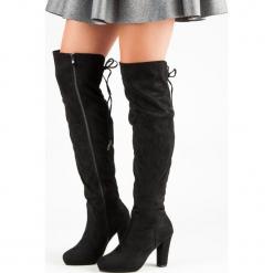ZAMSZOWE MUSZKIETERKI NA SŁUPKU. Czarne buty zimowe damskie Merg, z zamszu, na słupku. Za 143,00 zł.