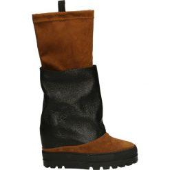 Kozaki - 706 CUOI-NERO. Czarne buty zimowe damskie marki Kazar, z futra, przed kolano, na wysokim obcasie, na koturnie. Za 249,00 zł.