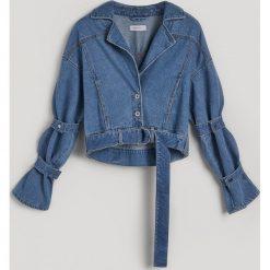 Krótka jeansowa kurtka - Niebieski. Niebieskie kurtki damskie jeansowe Reserved, l. Za 179,99 zł.