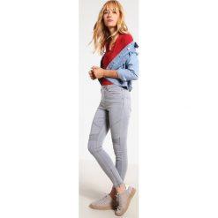 Missguided SINNER  Jeans Skinny Fit grey. Szare boyfriendy damskie Missguided. W wyprzedaży za 125,30 zł.