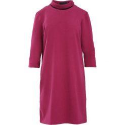 Bordowa Sukienka House Of Cards. Czerwone sukienki mini marki Born2be, m. Za 79,99 zł.