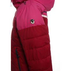 CMP SNAPS Kurtka snowboardowa magenta. Czerwone kurtki dziewczęce sportowe CMP, z materiału, narciarskie. W wyprzedaży za 377,10 zł.