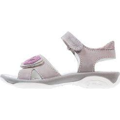 Primigi Sandały talpa/rosa. Szare sandały chłopięce Primigi, z materiału, z otwartym noskiem. W wyprzedaży za 160,30 zł.