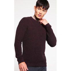 Swetry klasyczne męskie: Selected Homme SHNNEWVINCE BUBBLE CREW NECK Sweter fudge