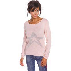 """Swetry oversize damskie: Sweter """"Jostine"""" w kolorze jasnoróżowym"""