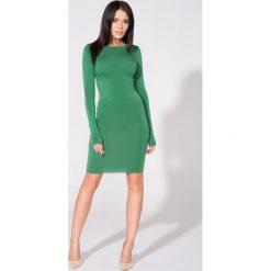 Zielona Sukienka Dopasowana Dzianinowa z Dekoltem na Plecach. Szare sukienki dresowe marki bonprix, melanż, z kapturem, z długim rękawem, maxi. Za 139,90 zł.