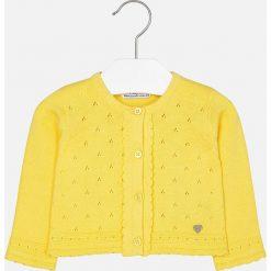 Mayoral - Kardigan dziecięcy 68-98 cm. Żółte swetry dziewczęce Mayoral, z bawełny, z okrągłym kołnierzem. Za 89,90 zł.