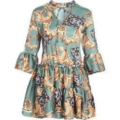 Zielona Sukienka Cachaca. Zielone sukienki mini marki Reserved, z wiskozy. Za 89,99 zł.