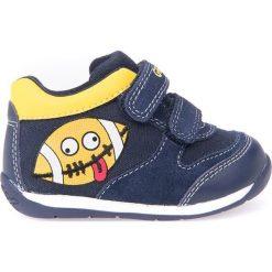 """Sneakersy """"Scarpe"""" w kolorze granatowym. Niebieskie trampki chłopięce marki geox kids, z gumy. W wyprzedaży za 107,95 zł."""