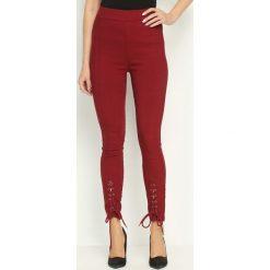 Spodnie damskie: Bordowe Legginsy Lacelike