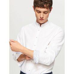 Koszula ze stójką slim fit - Biały. Czarne koszule męskie na spinki marki Reserved. Za 99,99 zł.