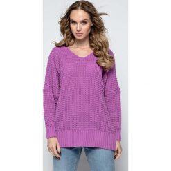 Fioletowy Oversizowy Sweter z Dekoltem V. Fioletowe swetry oversize damskie marki DOMYOS, l, z bawełny. Za 119,90 zł.