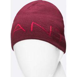 Gant - Czapka. Czerwone czapki zimowe męskie marki GANT, na zimę, z dzianiny. W wyprzedaży za 129,90 zł.