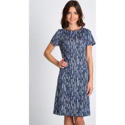Długie sukienki: Granatowa sukienka z imitacją kieszeni QUIOSQUE