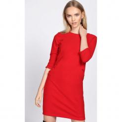Czerwona Sukienka In The Present. Czerwone sukienki hiszpanki Born2be, l, mini, oversize. Za 79,99 zł.