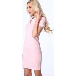 Sukienka polo jasnoróżowa 3810. Białe sukienki marki Fasardi, l. Za 69,00 zł.