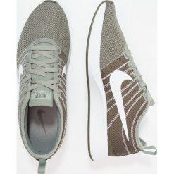 Trampki damskie slip on: Nike Sportswear DUALTONE RACER Tenisówki i Trampki dark stucco/white/cargo khaki