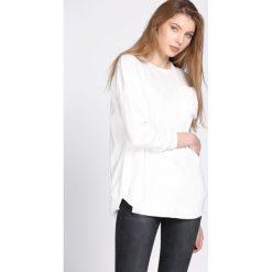 Swetry klasyczne damskie: Biały Sweter Gentle