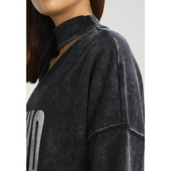 Bluzy damskie: Puma CHOKER CREW Bluza heavy wash black