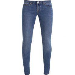 Noisy May NMEVE POCKET DETAIL  Jeans Skinny Fit medium blue denim. Niebieskie jeansy damskie marki Noisy May. W wyprzedaży za 161,10 zł.