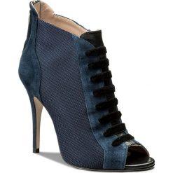 Szpilki MARELLA -  Melissa 67910281  001. Niebieskie botki damskie skórzane Marella, eleganckie, na obcasie. Za 1309,00 zł.