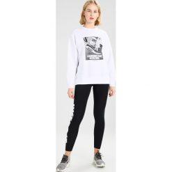 Bluzy rozpinane damskie: Nike Sportswear CREW  Bluza white
