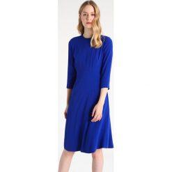 Sukienki hiszpanki: IVY & OAK Sukienka letnia dramatic blue