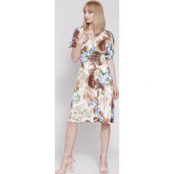 Sukienki: Brązowa Sukienka Lover Is All