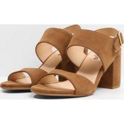 ANGULUS Sandały tan. Brązowe sandały trekkingowe damskie ANGULUS, z materiału. W wyprzedaży za 519,20 zł.