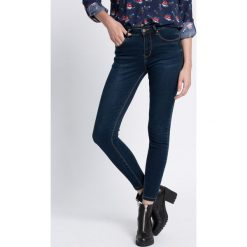 Medicine - Jeansy Inverness. Niebieskie jeansy damskie relaxed fit MEDICINE. W wyprzedaży za 89,90 zł.